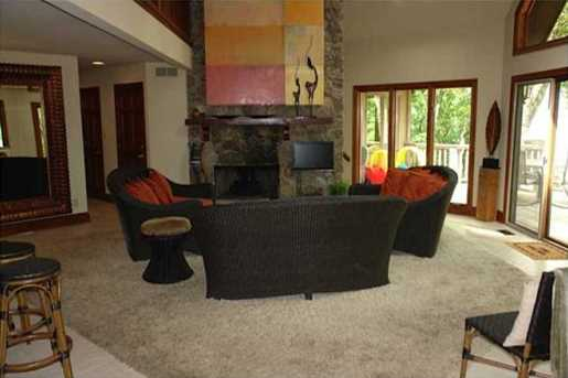 340 Willow Drive - Photo 3