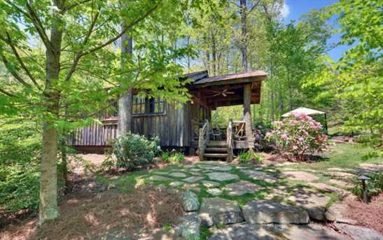 442 Seven Springs Road - Photo 10