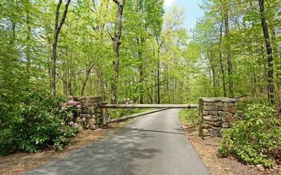 442 Seven Springs Road - Photo 22