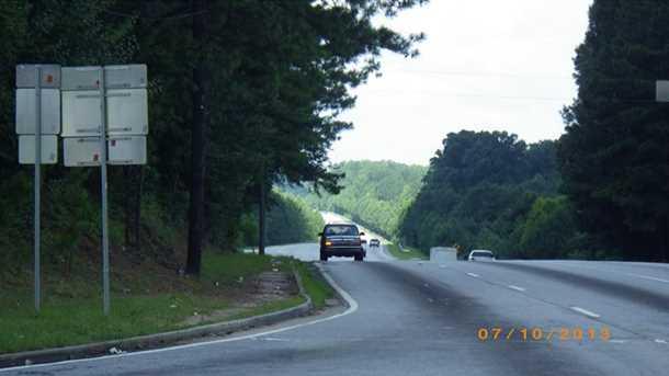 2330** Jonesboro Road - Photo 7
