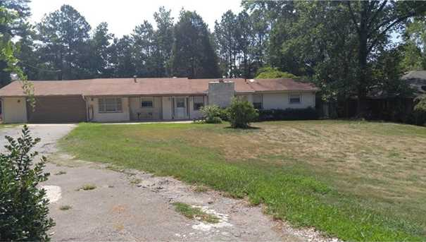 3134 Lower Roswell Road - Photo 1