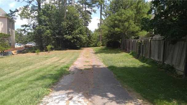 3134 Lower Roswell Road - Photo 3