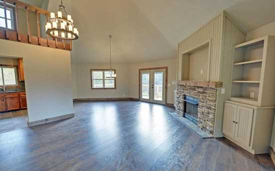 202 Holly Hill Road - Photo 3