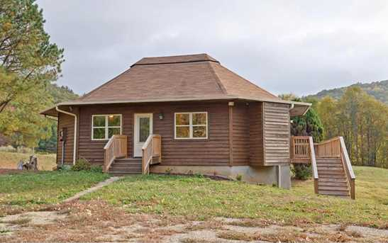 202 Holly Hill Road - Photo 1