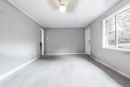 2889 Winchester Court - Photo 5