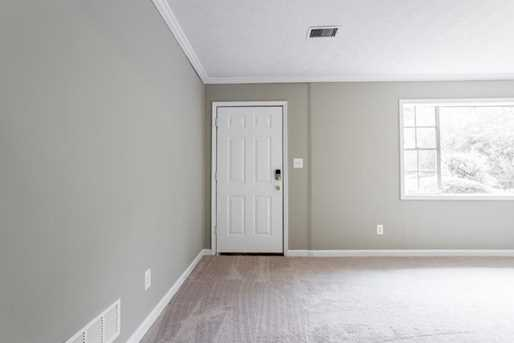2889 Winchester Court - Photo 3