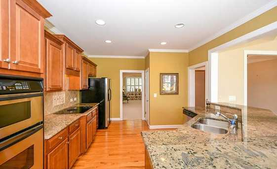 5329 Davenport Manor - Photo 9