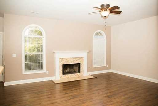 1361 Woodland View Road - Photo 3