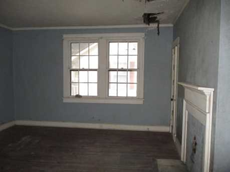 449 Clearwater Street - Photo 4