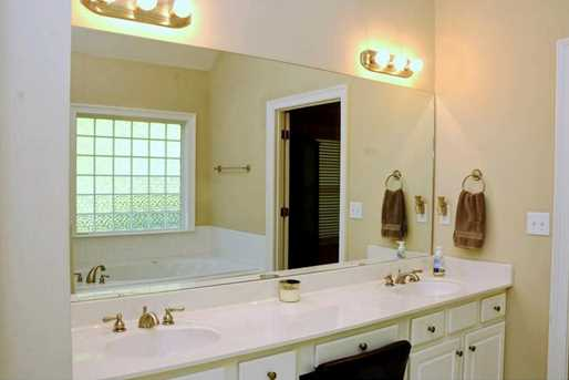 9048 River Bend Court - Photo 13
