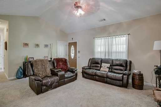 5438 Speckled Wood Lane - Photo 8