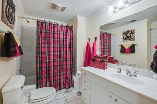 1205 Creek Ridge Crossing - Photo 33
