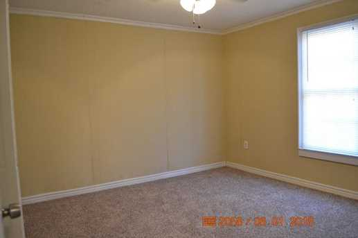 5792 Riverside Drive - Photo 7