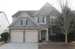 803 Greenwood Crossing - Photo 1