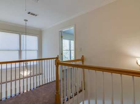439 Melrose Avenue - Photo 21