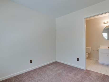 439 Melrose Avenue - Photo 31