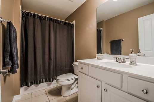 7025 Hunters Glen Place - Photo 23