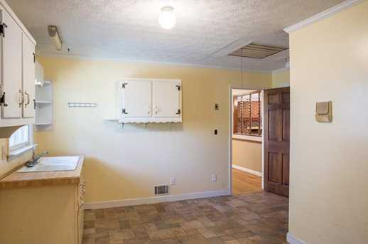 5660 Holiday Circle - Photo 13