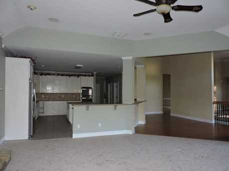 8620 Canal Dr - Photo 9