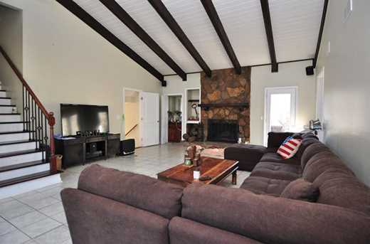 2160 W Carlyle Court - Photo 3