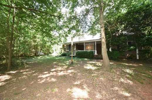 3935 Lee Road - Photo 3