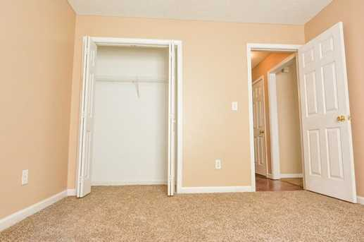 9202 Sterling Lakes Drive S - Photo 39
