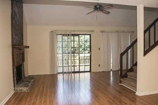 1259 Creekside Court - Photo 9