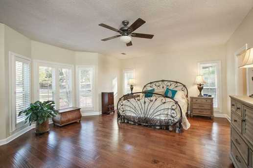 12080 Magnolia Crescent Drive - Photo 11