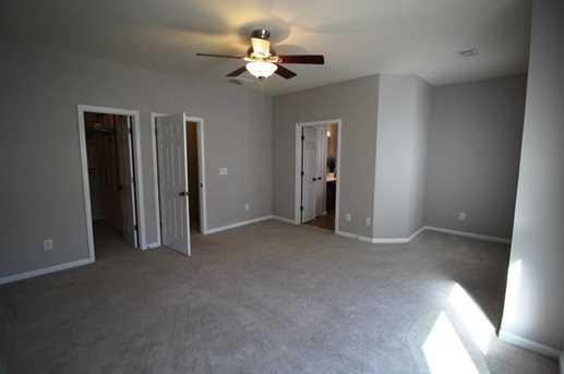 4670 Hastings Terrace - Photo 11