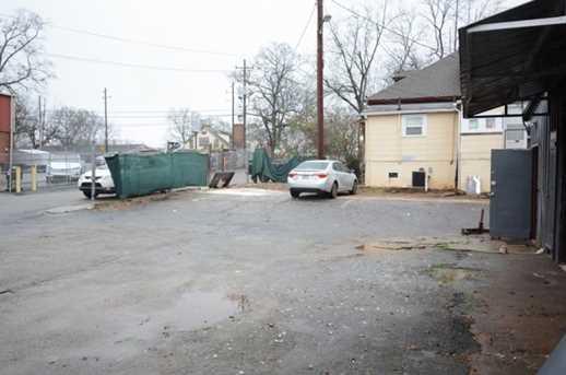 324 N Clarendon Avenue - Photo 7