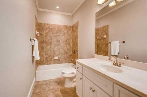 1481 Valley View Manor NE - Photo 39
