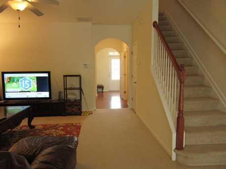 340 Beynon Terrace - Photo 3