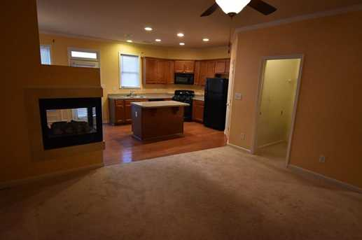 979 Parkside Wood Court - Photo 5