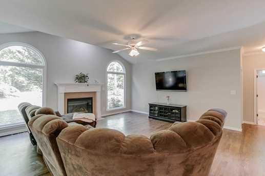 2541 Hillgrove Drive - Photo 9