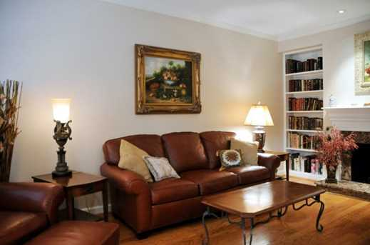 70 Old Ivy Road #44 - Photo 3