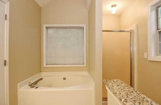 4050 Gables Place - Photo 13