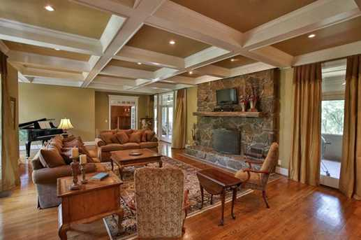 1325 Mineral Springs Rd - Photo 3