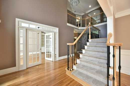 560 Guildhall Place - Photo 5