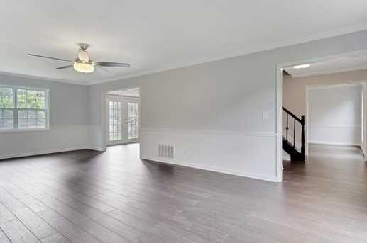 6651 Brittwood Way - Photo 5