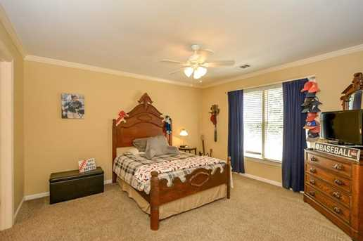 10635 N Edgewater Place - Photo 25