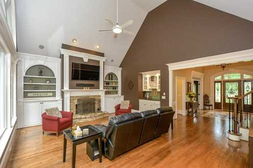 10635 N Edgewater Place - Photo 7
