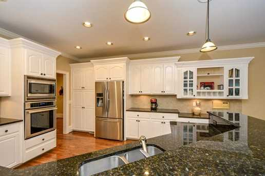 10635 N Edgewater Place - Photo 11