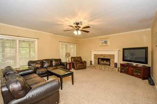 10635 N Edgewater Place - Photo 27