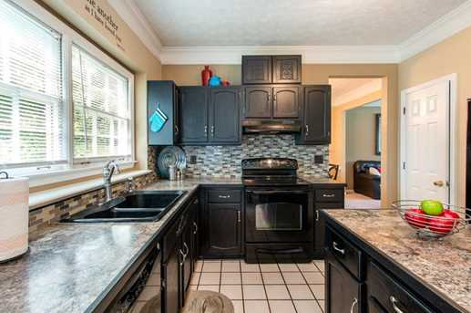1566 Hascall Dr - Photo 11