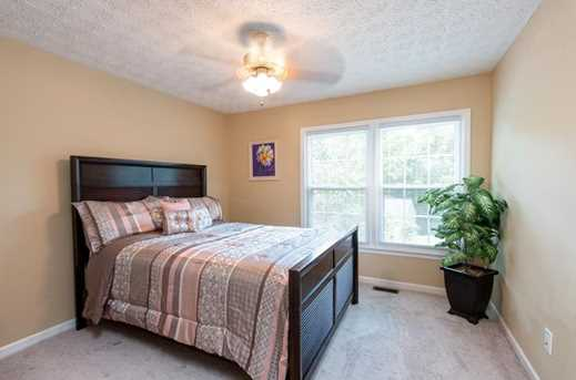 1566 Hascall Dr - Photo 19