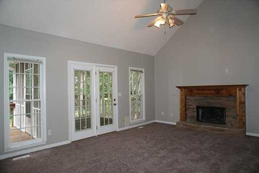 347 Whitby Drive - Photo 11