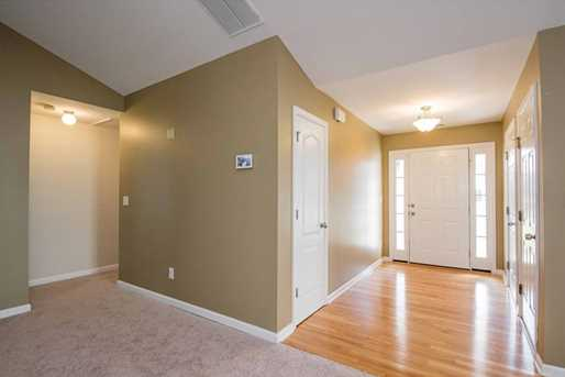 93 Sandstone Place - Photo 3