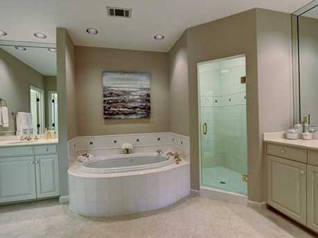 867 Waterford Green - Photo 17