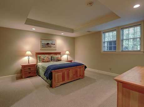 867 Waterford Green - Photo 31