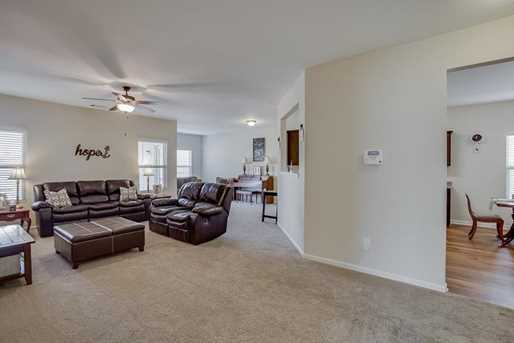 4224 Weeping Willow Drive - Photo 5